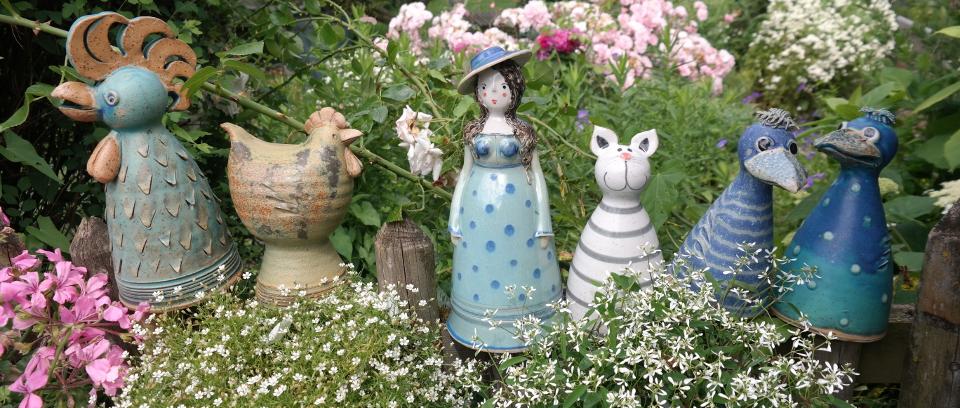 Keramikwerkstatt baumgartner keramik meisterbetrieb for Gartenfiguren aus keramik